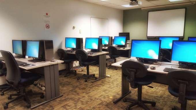 Borland Library Computer Lab